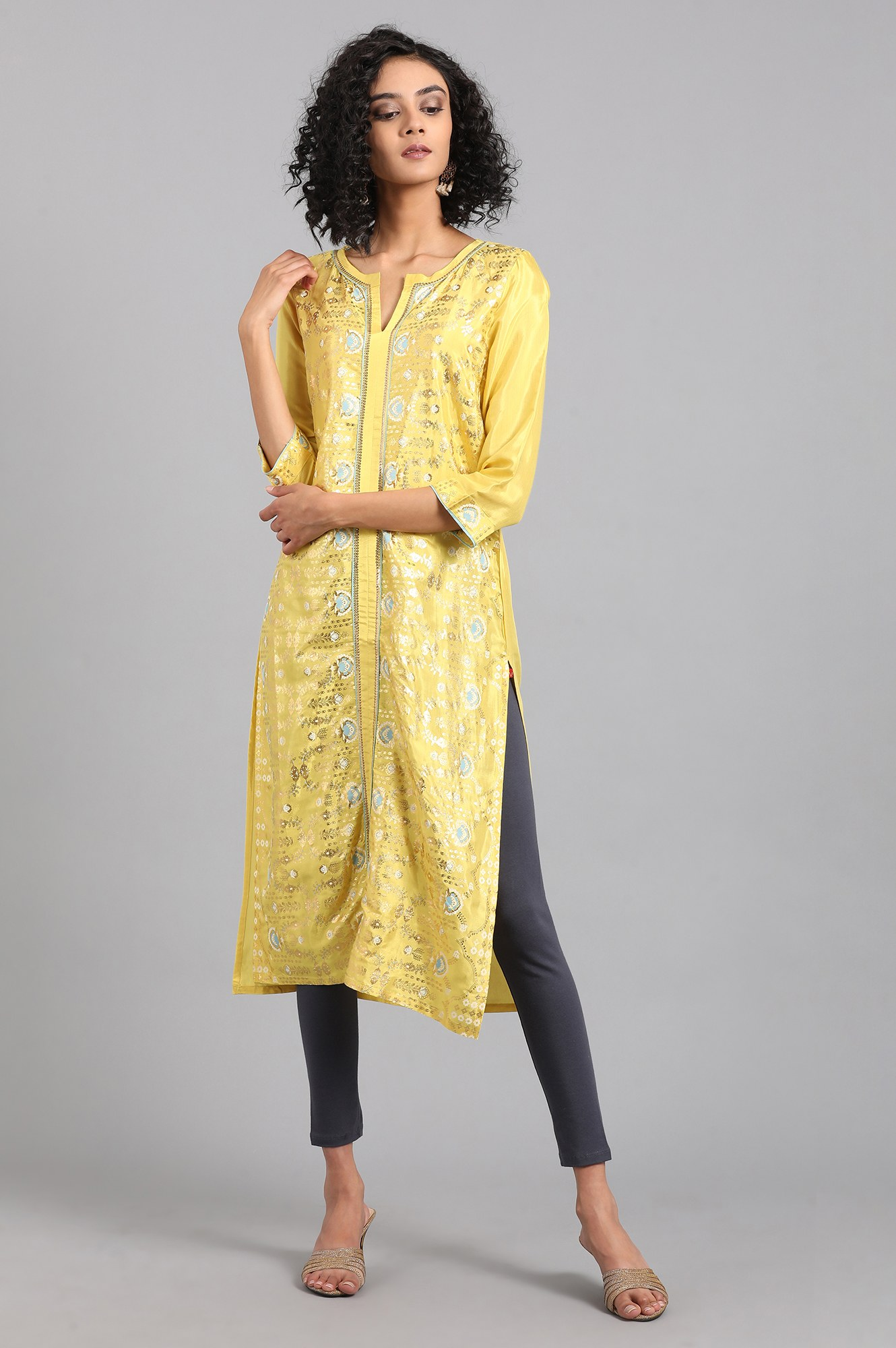 W   W Women Yellow Color Kurta