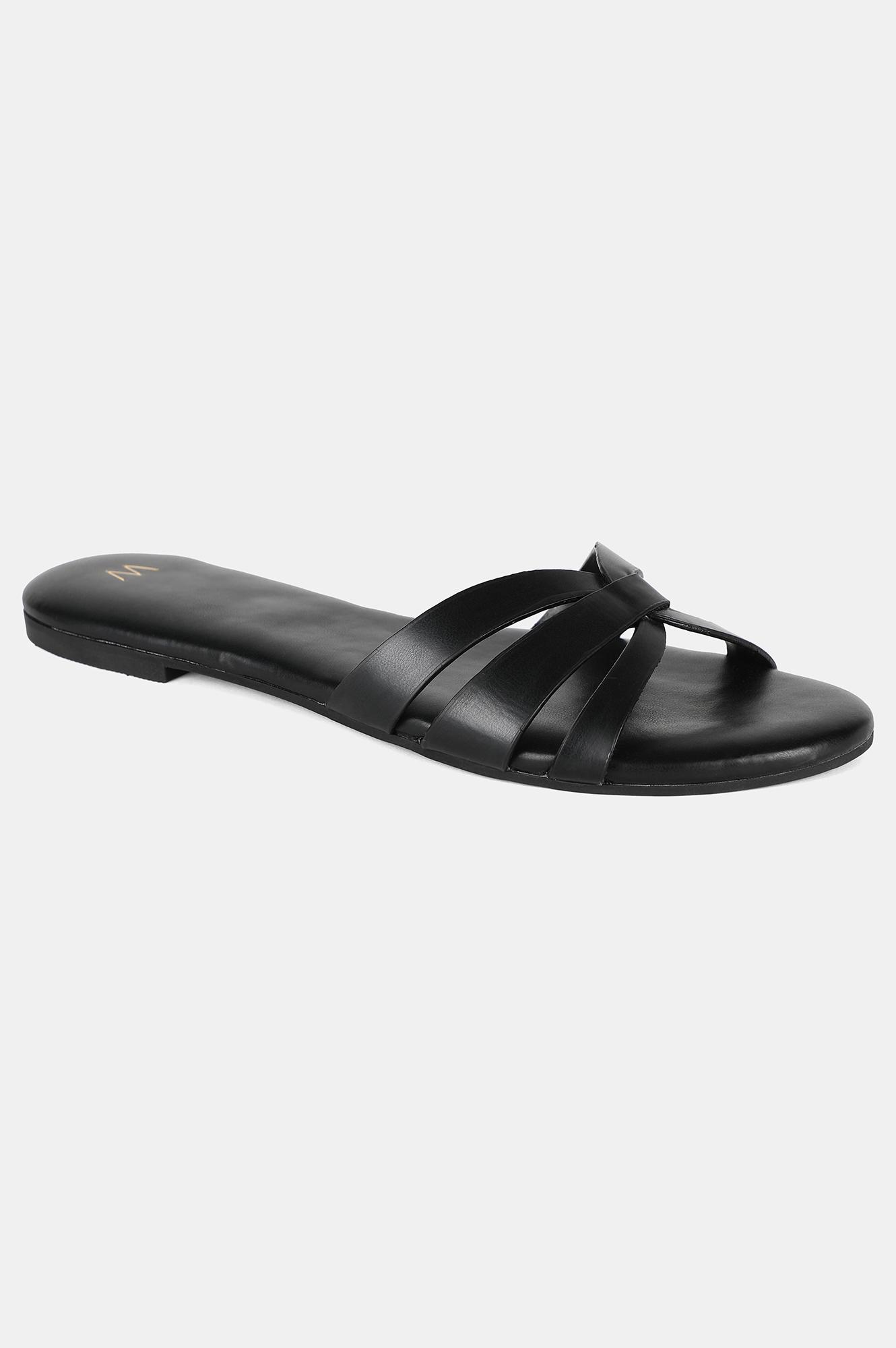 W | Black Almond Toe Solid Flat