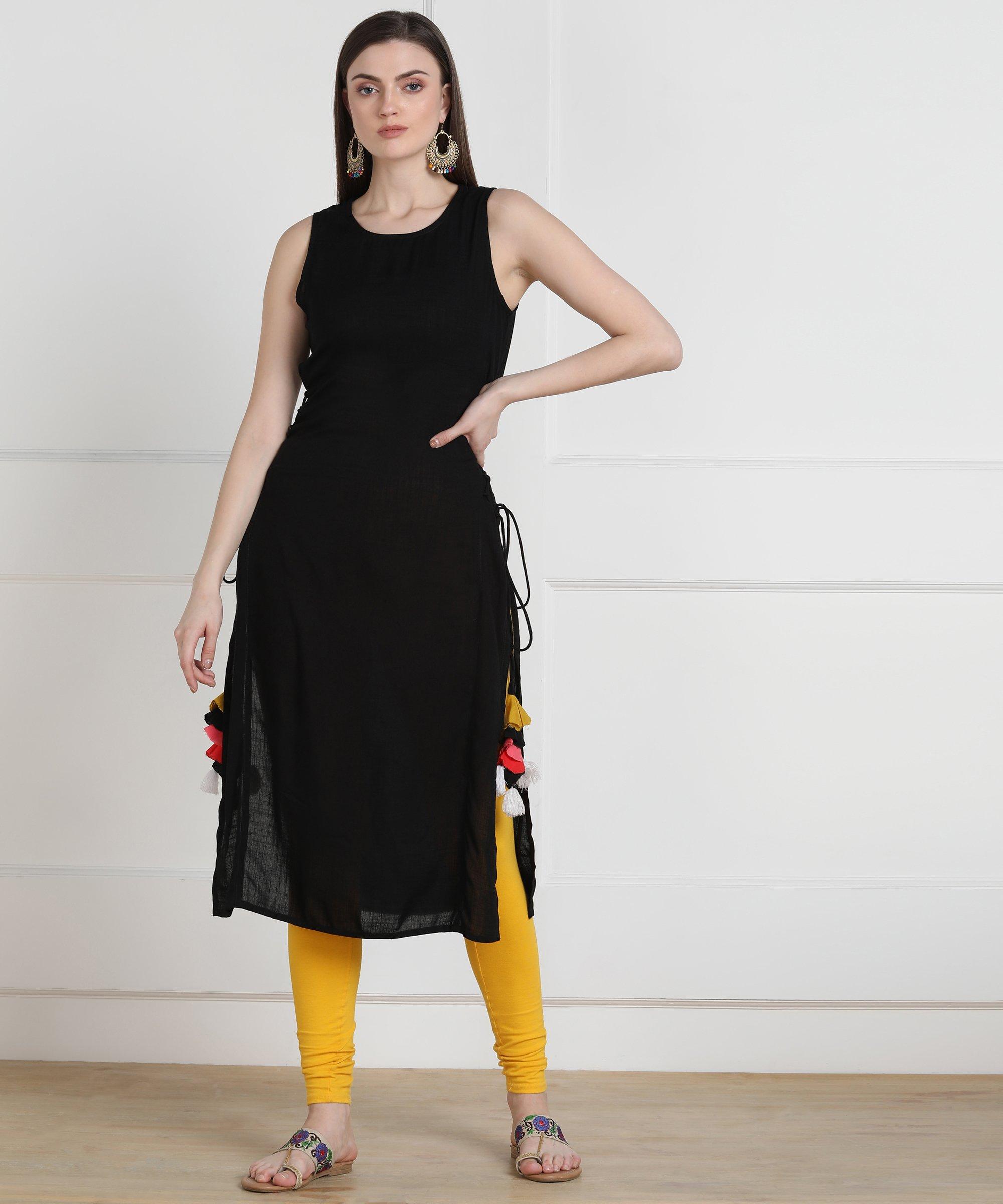 ZNX CLOTHING    Women Black Solid Sleeveless Kurta