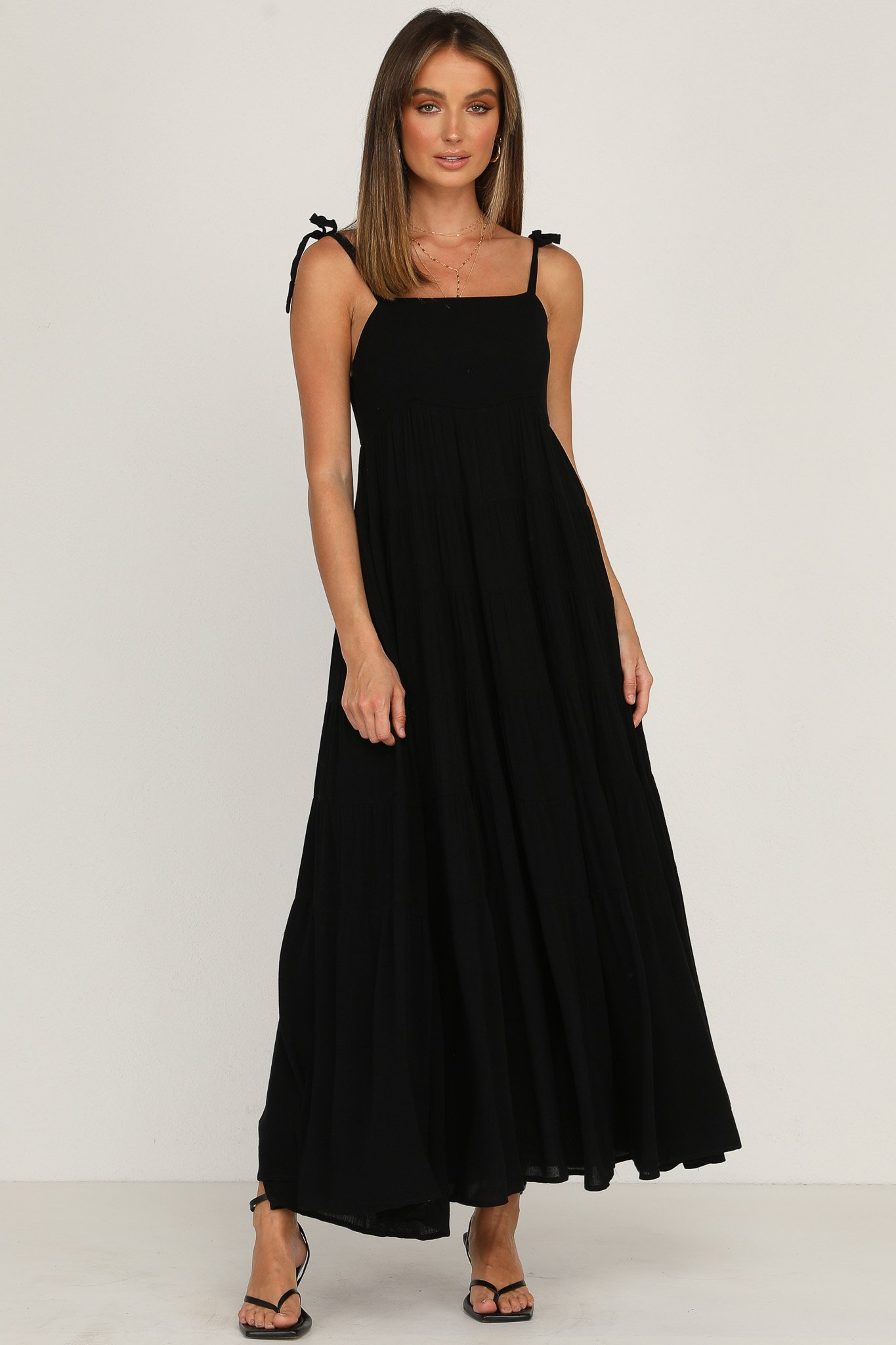ZNX CLOTHING |  Women Solid Black Tiered Maxi Dress