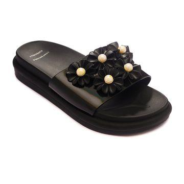 Trends & Trades | TRENDS & TRADES Black Slide Sandal For Women