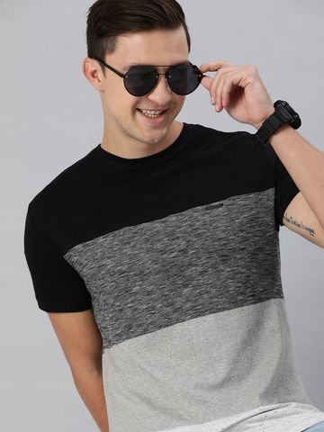 The Bear House | Men Black & Grey Colourblocked Round Neck T-shirt