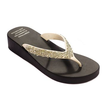Trends & Trades | TRENDS & TRADES White Thong Flip Flops For Women