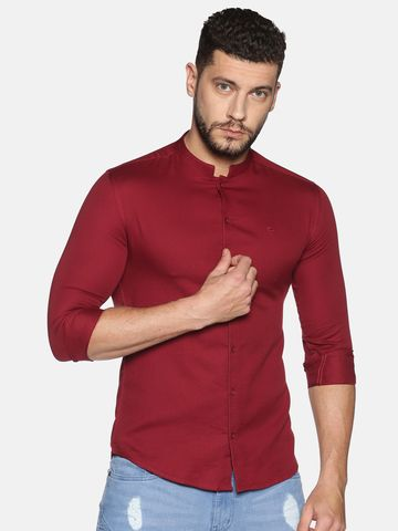Showoff   SHOWOFF Men's Cotton Casual Maroon Solid Slim Fit Shirt