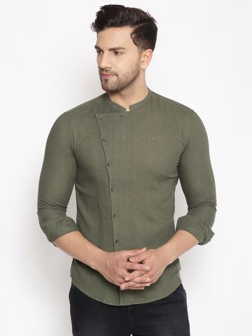 Showoff | SHOWOFF Men's  Lenin  Green Solid Slim Fit Shirt