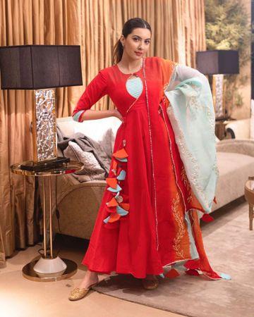 GAYRAA | Gayraa Women's rayon red Gota patti kurta with dupatta and pant