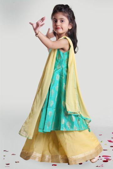 MINI CHIC | Girls Circular Skirt and Kurta Set with Dupatta