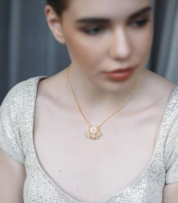 ZARIIN | Delicate Darling Necklace