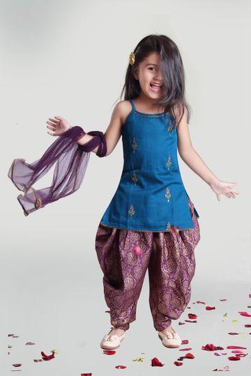 MINI CHIC | Cowl and Kurta Set with Dupatta