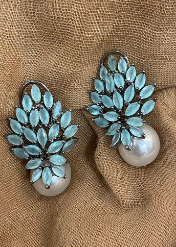 Swabhimann Jwellery | Swabhimann Jwellery Turtle Wing Pearls Studs Mint