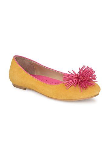 AADY AUSTIN | Aady Austin Women's Trendy Yellow Round Toe Flats