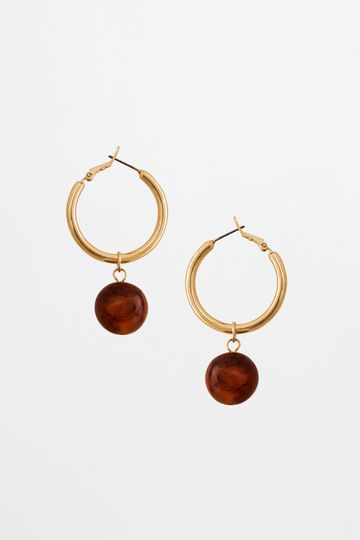 AND | Gold Ring With Round Acrylic Ball Earrings