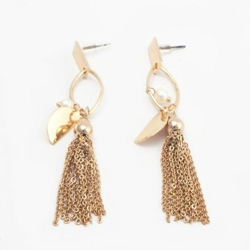 BELLEZIYA | Belleziya Gold Finish Tasselled Drop Earrings for casual/ evening wear