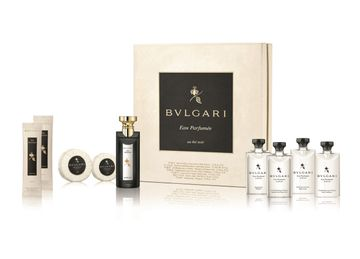 Bvlgari | Eau Parfumee Au The Noir Guest Gift Set (Eau de Cologne75 ML and Shampoo75 ML and Shampoo Shower Gel75 ML and Hair Conditioner 75 ML and Body Lotion 75 ML and Soap75g and Soap50g and Towel12gx2)