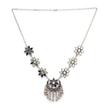 globus | Globus Silver Ethnic Necklace