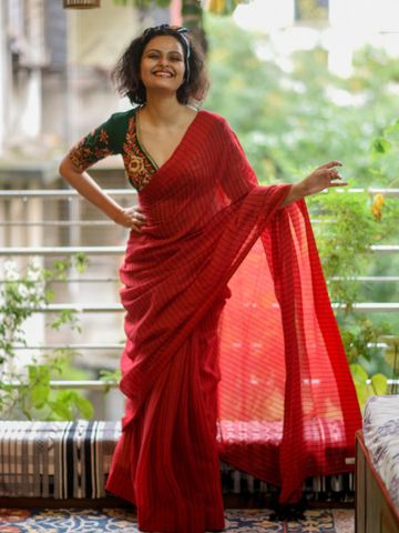 SATIMA | Satima Woman'S Red Linen  Printed  Saree