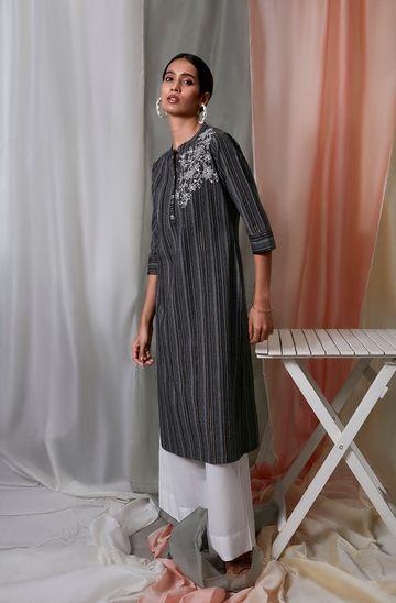 Janasya | Janasya Women's Black Weaved Cotton Kurta with Pocket
