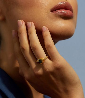 ZARIIN | One Sided Passion Ring