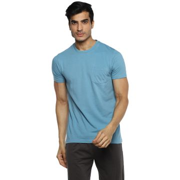 RED CHIEF   Red Chief Men Solid Casual T-Shirt (Blue)