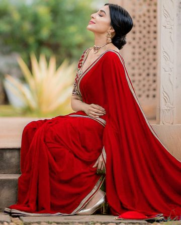 JINAL & JINAL | JJ Women's Georgette Saree with Motif Stone Work and Velvet Blouse - Red
