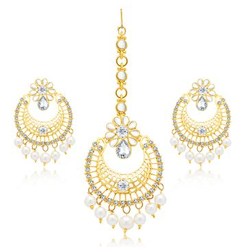 SUKKHI | Sukkhi Glittery Pearl Gold Plated Kundan Chandbali Earring With Maangtikka Set For Women