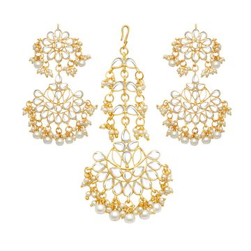 SUKKHI | Sukkhi Glossy Pearl Gold Plated Kundan Chandelier Earring Maangtikka Set for Women