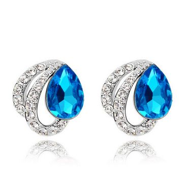 SUKKHI | Sukkhi Incredible Crystals from Swarovski Stud Platinum Plated Earring for Women and Girls