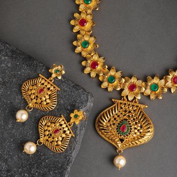 SUKKHI | Sukkhi Classic Floral Gold Plated Choker Neckalce Set for Women