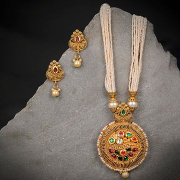 SUKKHI | Sukkhi Pleasing Gold Plated Pearl Neckalce Set for Women