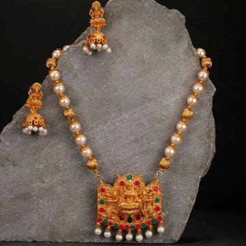 SUKKHI | Sukkhi Sensational Temple Gold Plated Neckalce Set for Women