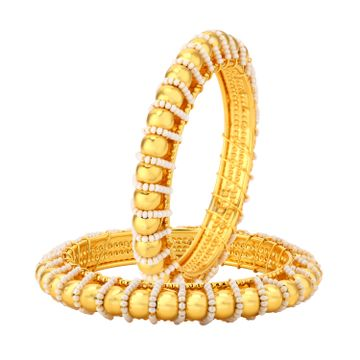 SUKKHI | Sukkhi ShoStopper Traditional Pearl Studded Gold Plated Bangle Set for Women