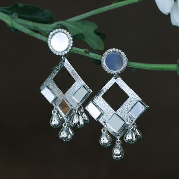 SUKKHI | Sukkhi Glossy Rhodium Plated Dangle Earring For Women