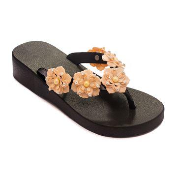 Trends & Trades | TRENDS & TRADES Beige Thong Flip Flops For Women